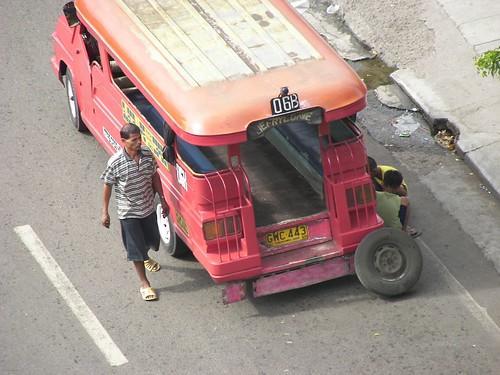 Cebu City - Jeep Flat Tire by man_from_cancun.