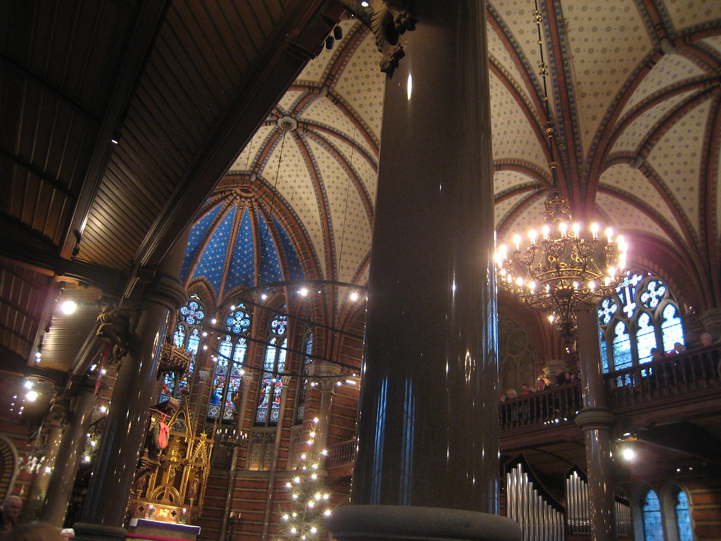 Inside Allhelgonakyrkan