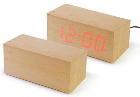 2703137465_0b0a779c2f_o 100+ Relógios de parede, de mesa e despertadores