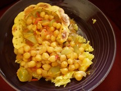 Chickpea and green tomato curry
