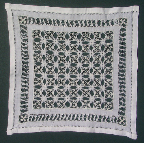 Antique-Drawn-Thread-Lace-3