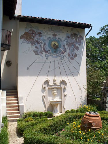 Sundial on Original Wing