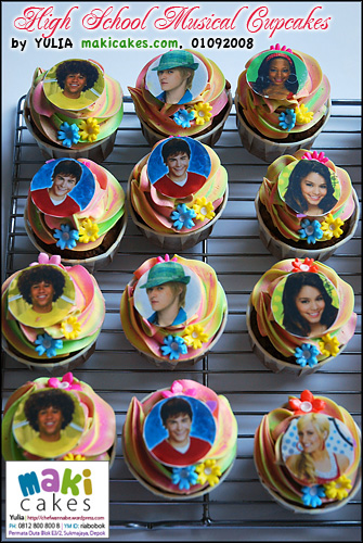 High School Musical Cupcakes_ - Maki Cakes