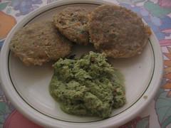idli for breakfast (by kapil_b)