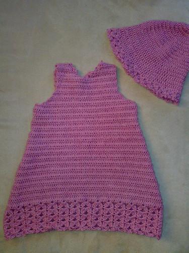 e9685bd2 Uansett skal de jo få hele settet da, og det er jo bare kjolen jeg har  gjort ferdig i dag.