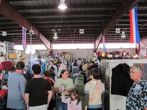 busy wool market 2