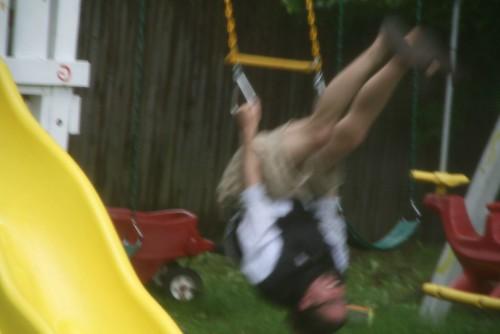 2008-06-06-bob-swings2
