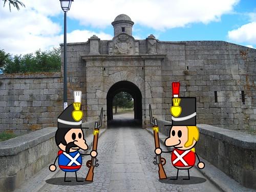 Soldats portugais et anglais montent la garde aux portes d'Almeida
