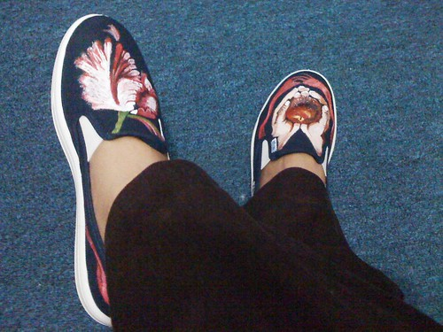 happpy feet with twilight shoes