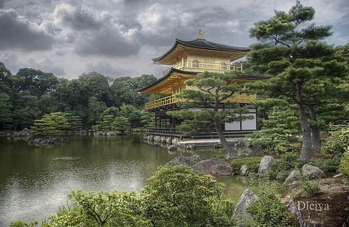 Pabellón dorado, Kinkaku-ji en Kyoto (Japón)