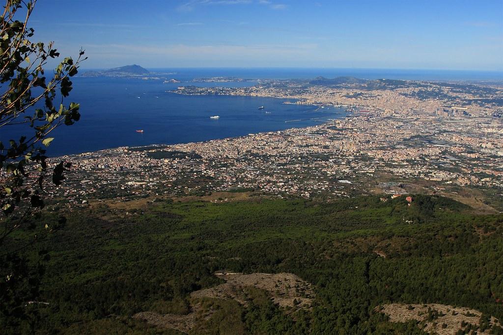 Vista del Golfo de Nápoles hacia Nápoles