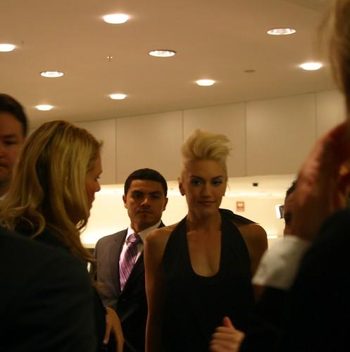Gwen Sefani Signing 2