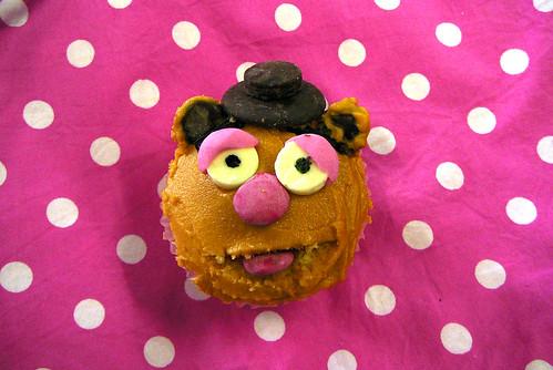 Fozzie Bear Cupcake