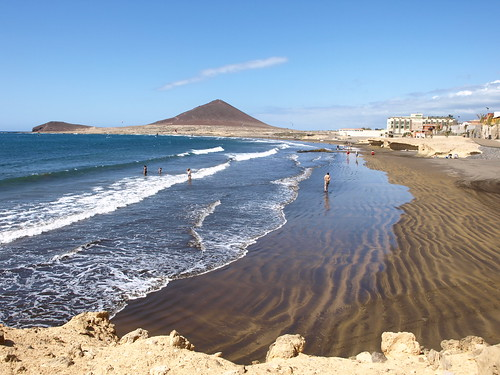 Life in the sun, sea and sand in El Medano