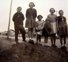 Mark and the girls 1958 Perth