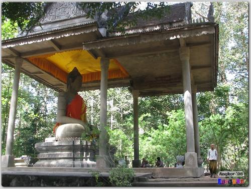 Large Buddha Statue outside the Bayon