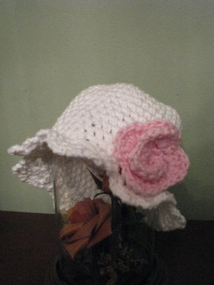 another baby hat flower 2