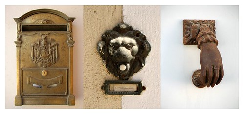 Mail box, door bell & door knob on Spetses by you.