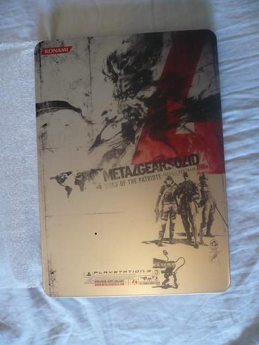 Metal Gear Solid 4 - Edición metálica