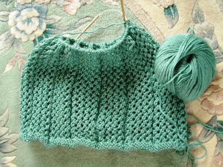 Easy knitted cowl