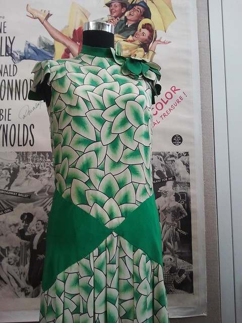 Debbie Reynolds green & white leaf sleeveless dress from Singin' in the Rain (1952)