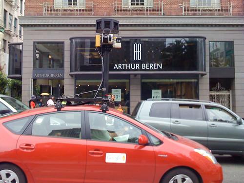 Joe Pemberton 拍攝的 The Google Maps Car。