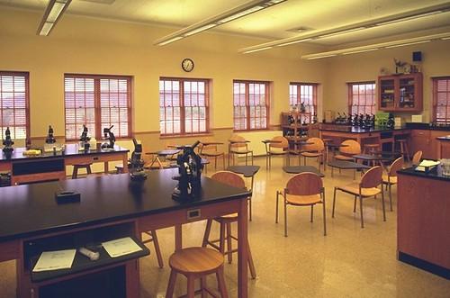 EthelWalkerSchoolBiologyLabClassroom