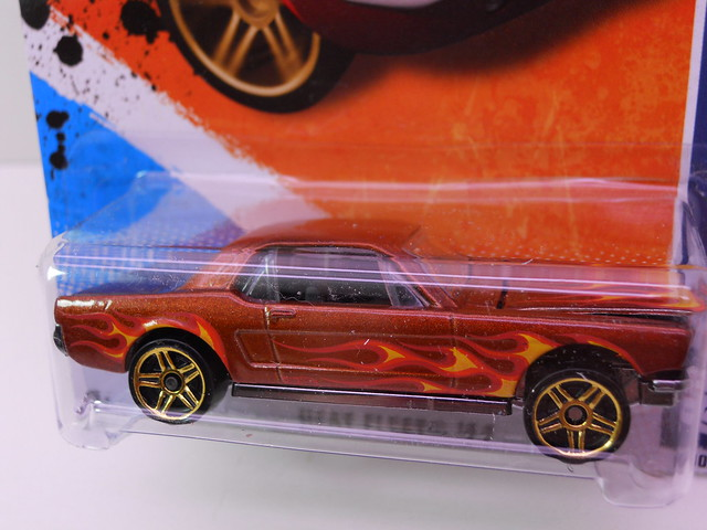 hot wheels '65 ford mustang flames (2)