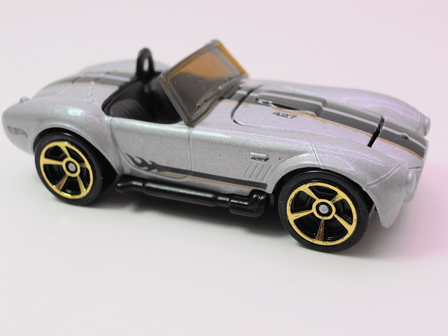 hot wheels shelby cobra sc 427 silver (2)