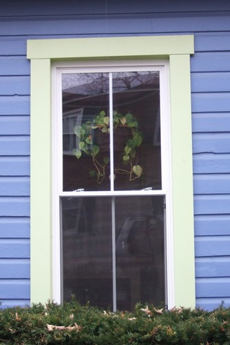 Del Ray window