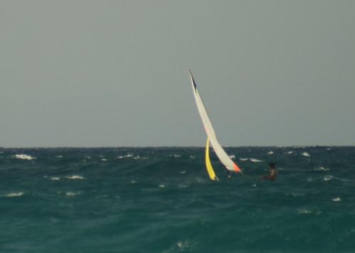 Sentadito en la ola