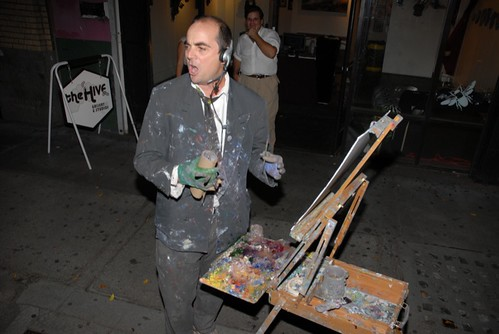 John Kilduff paints in front of the Hive Gallery, July 2009