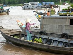 Floating market 14