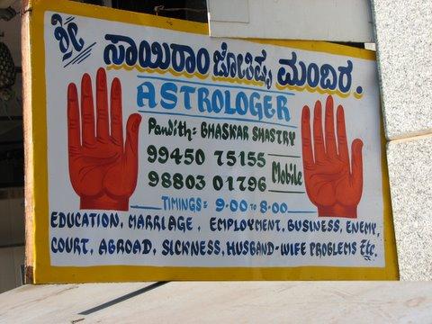 astrologer sign bg road 140408