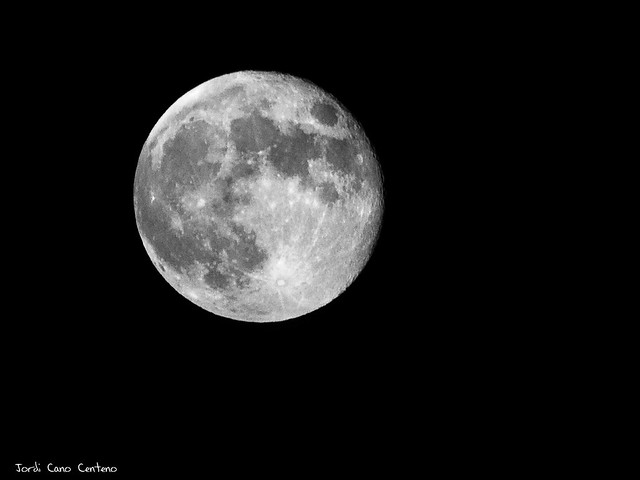 Luna casi llena