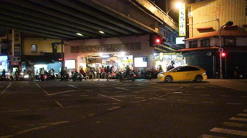 12/12 22:49 - 宜蘭夜市 (by steking)