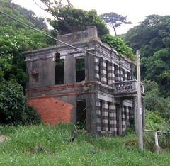 68.衰敗的老建築