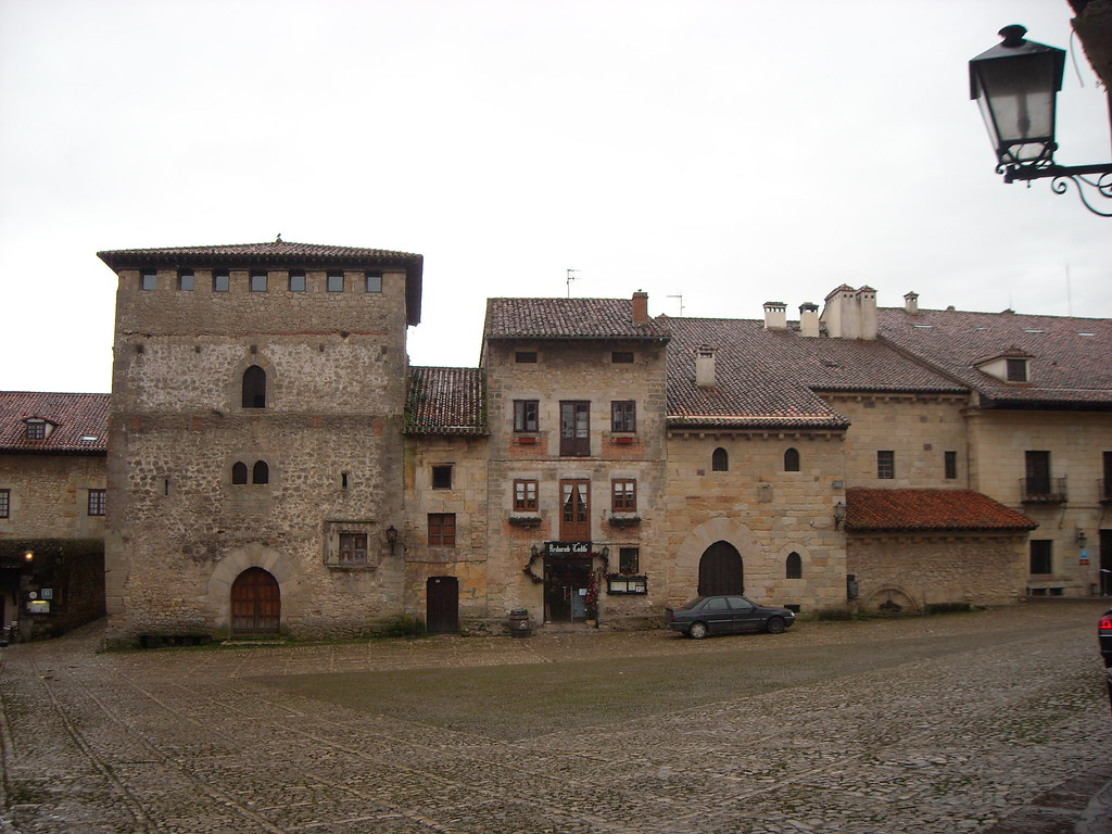 Plaza Mayor de Santillana
