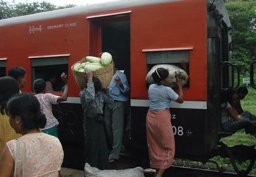 Subir al tren al asalto