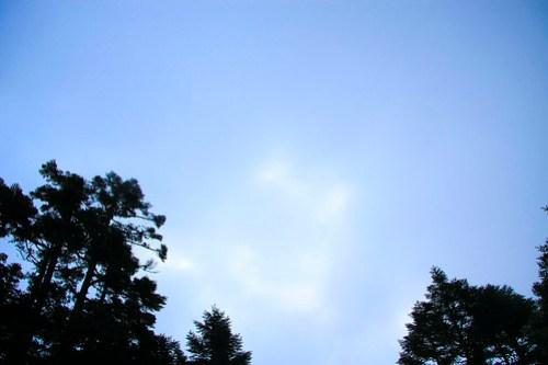 06.07 / 18:17 / 乍現的藍天