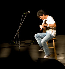 "Jake Shimabukuro • <a style=""font-size:0.8em;"" href=""http://www.flickr.com/photos/54494252@N00/2785248339/"" target=""_blank"">View on Flickr</a>"