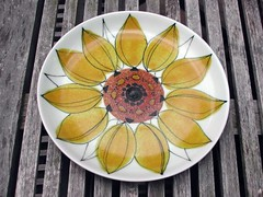 arabia finland sunflower plate