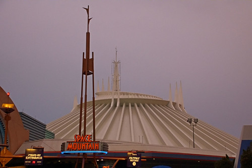 Space Mountain Rollercoast