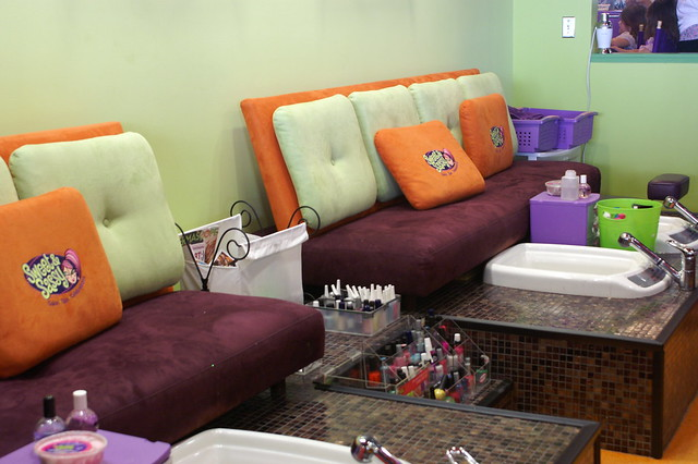 The pedicure benches and spa tubs are so adorable.