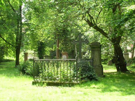 Golzheim_cemetery
