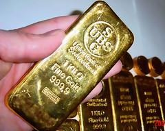 gold cast bar