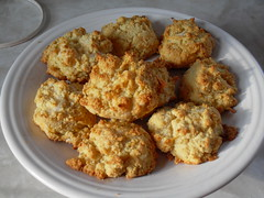garlic cheese biscuits - GF/DF/egg free
