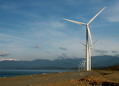 sea architecture buildings energy philippines structures windmills shore electricity pebblebeach powerplant pinoy windenergy turbines windturbines ilocosnorte bangui vestas wowphilippines banguibay ilocosregion