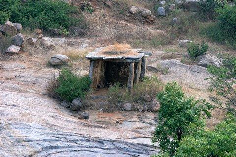 ruined temple at ramnagara