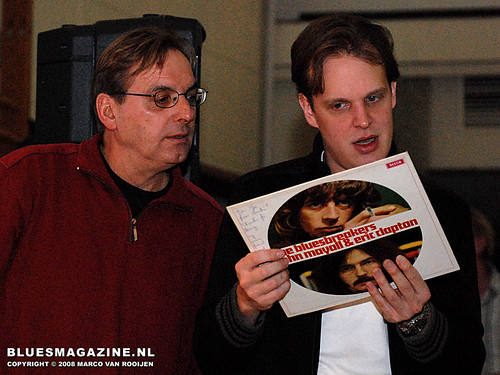 Andre Wittebroek & Joe Bonamassa - Blues in the Schools program (4 December 2008 Winterswijk, Netherlands)